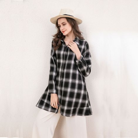 Plaid button down lightweight jacket with pockets